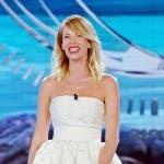 Alessia Marcuzzi finale Isola (abito da sposa)