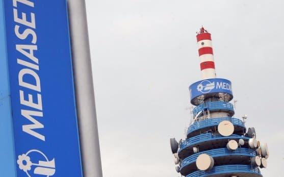 Su Mediaset Premium si accendono i primi canali Sky. Ecco co