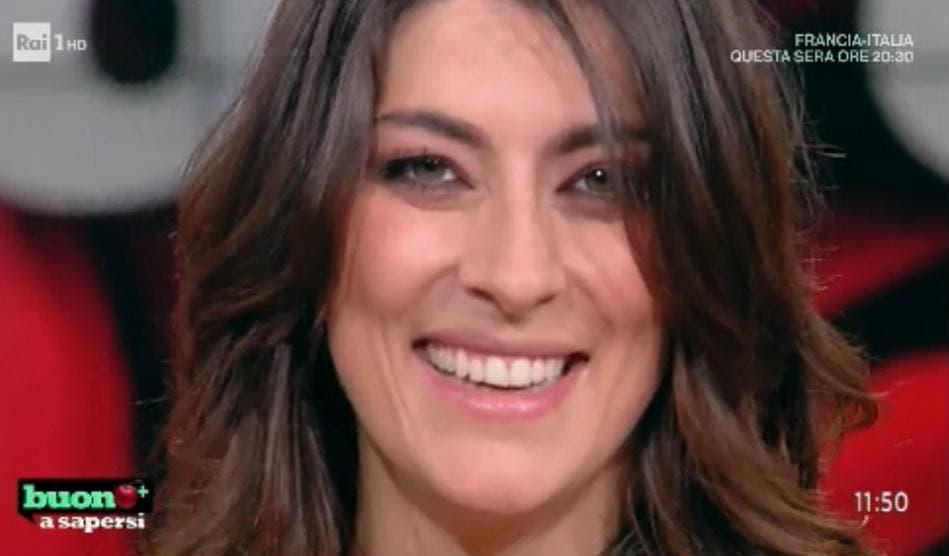 Elisa Isoardi  «Ci vediamo a settembre per la PROVA più bella ... 880273f3ad82
