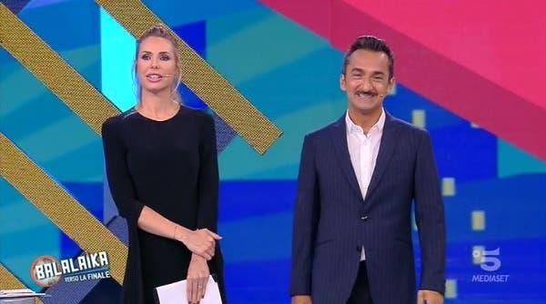 Ilary Blasi e Nicola Savino - Balalaika