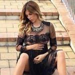 Paola Caruso incinta (da Instagram)