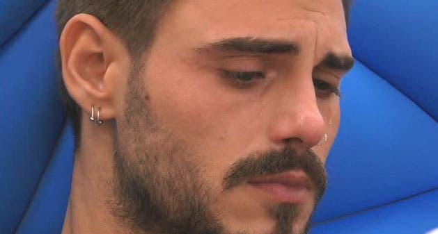 Francesco Monte in lacrime