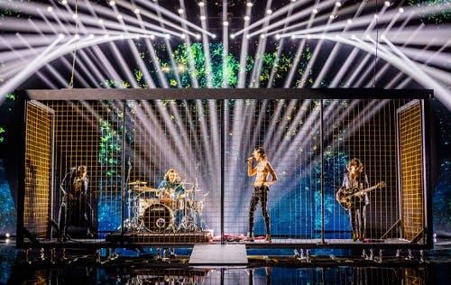 Red Bricks Foundation - Secondo Live X Factor 2018