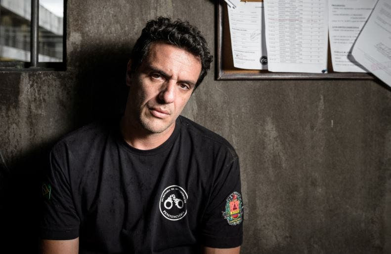 Carcereiros – Dietro le sbarre: su Sky Atlantic il prison drama brasiliano girato in carcere