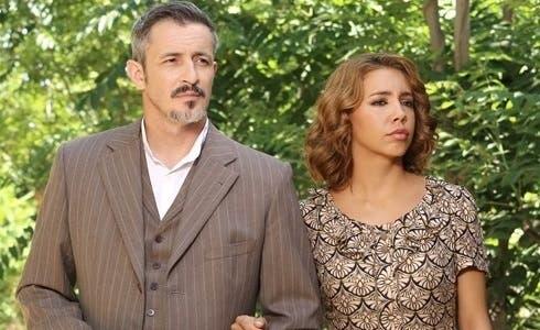 Fernando Coronado (Alfonso) e Sandra Cervera (Emilia) in Il Segreto