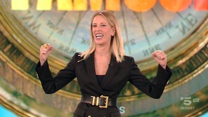 Alessia Marcuzzi - Prima puntata Isola dei Famosi 2019