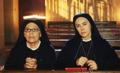 Valeria Fabrizi e Elena Sofia Ricci in Che Dio ci aiuti 5
