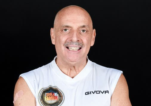 Isola dei Famosi 2019 |  Paolo Brosio | Eliminato nella decima puntata 18 marzo