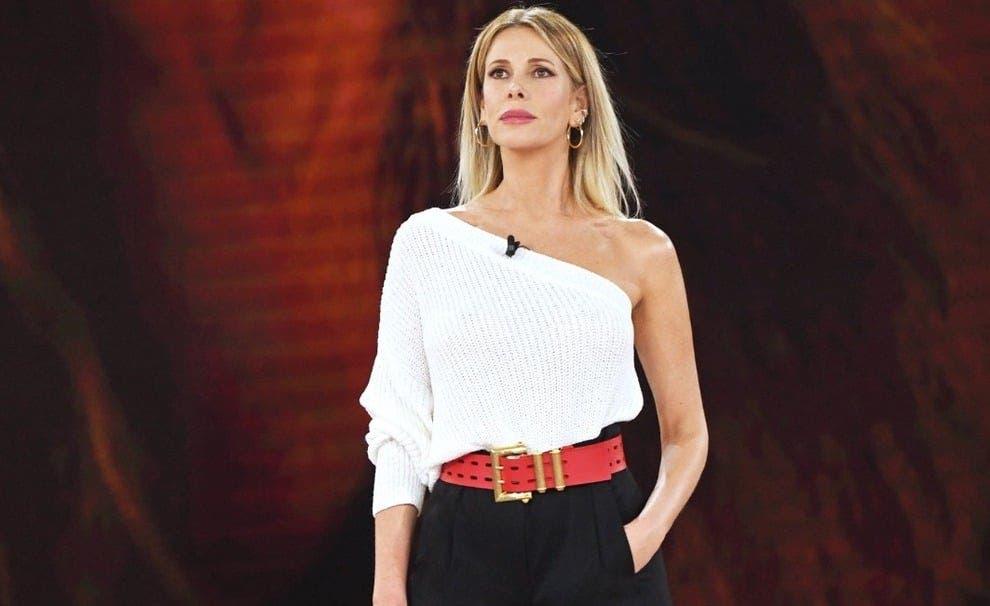 Alessia Marcuzzi - Isola dei Famosi 2019