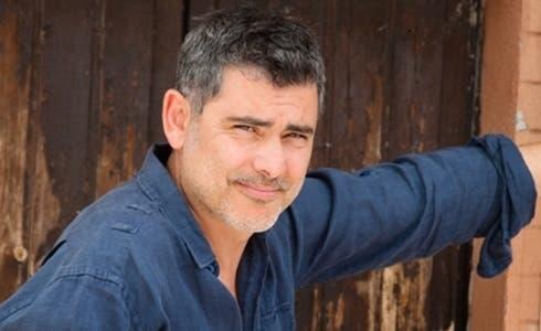 Peppe Zarbo è Franco Boschi in Un Posto al Sole
