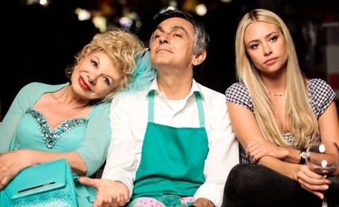 Sandra Milo, Vincenzo Salemme e Martina Stella in Prima di lunedì