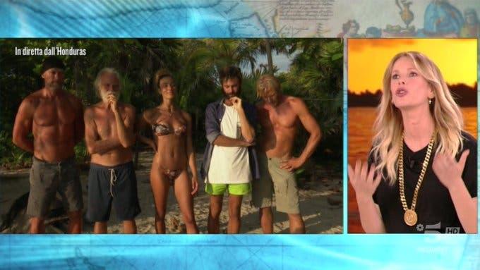 Isola dei Famosi 2019 |  semifinale in diretta |  Luca fa fuori tutti i naufraghi dell'Isola