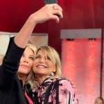 Eleonora Daniele e Simona Ventura - Storie Italiane