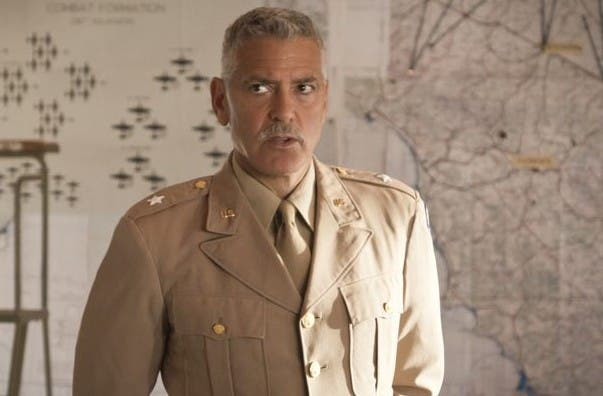 Catch 22: George Clooney dirige (ed interpreta) una serie tv