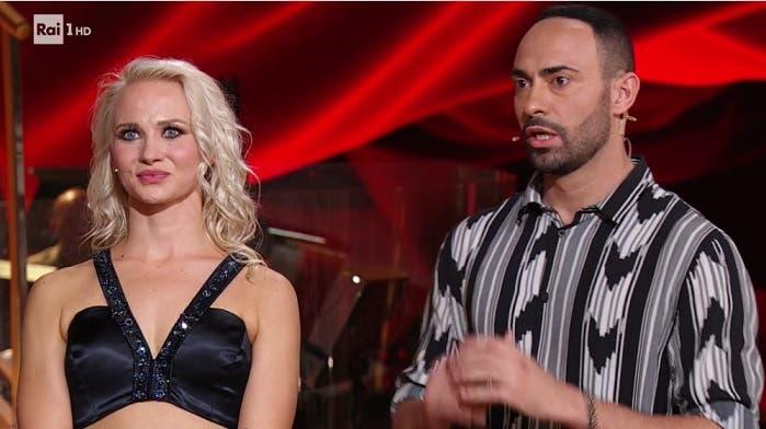ballare con stelle Val e Kelly dating Velocità datazione Calgary AB
