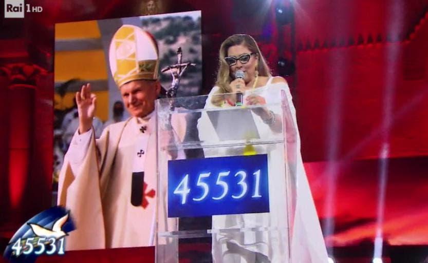 Una Voce per Padre Pio - Romina Power