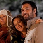 Angela Finocchiaro, Cristiana Capotondi e Raoul Bova in Indovina chi viene a Natale?