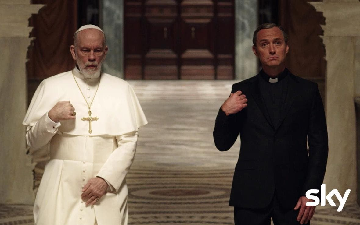 The New Pope - John Malkovich e Jude Law