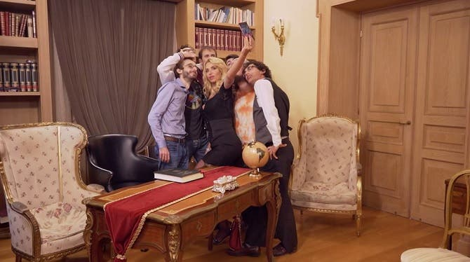 Valeria Marini con i Secchioni