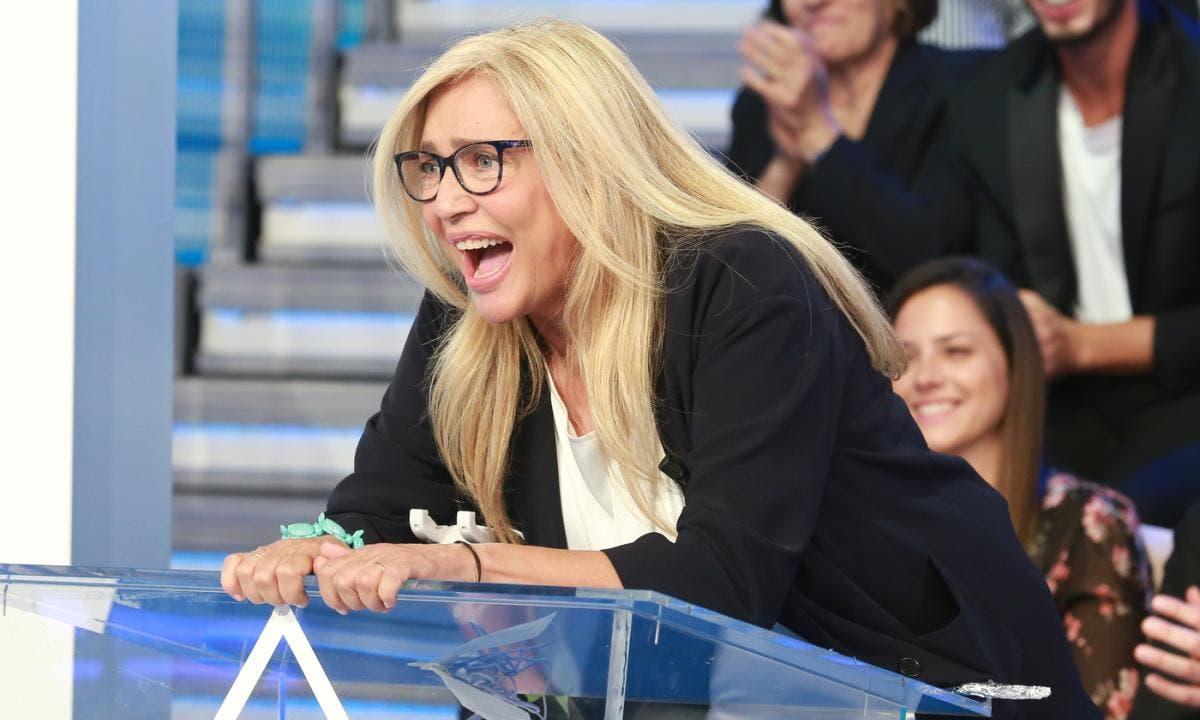 Mara Venier accusata di «aggressione, offese, insulti e mina