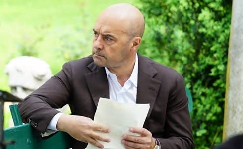 Luca Zingaretti in Il Commissario Montalbano