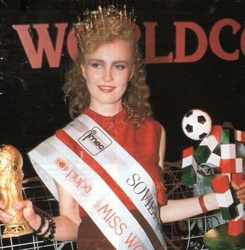 Larisa Litichevskaya - Miss World Cup 1990