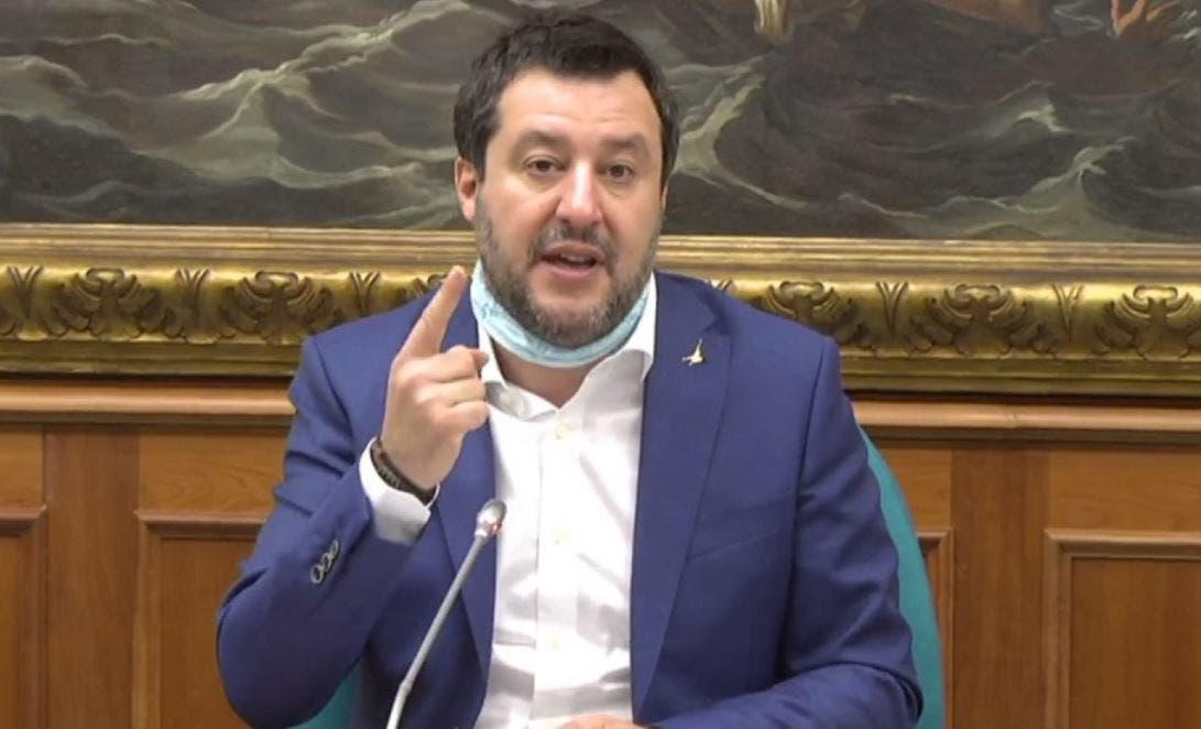 Salvini: «Dedicare un canale Rai alle lezioni scolastiche».