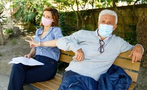 Ilenia Lazzarin e Patrizio Rispo sul set di Un Posto al Sole