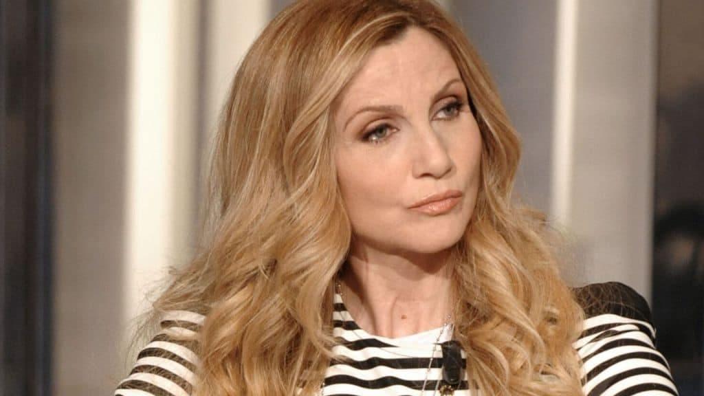 Lorella Cuccarini replica agli insulti di Zorzi: «Non posso permetterlo. Il mio punto di vista lo esprimerei anche se avessi un figlio gay»