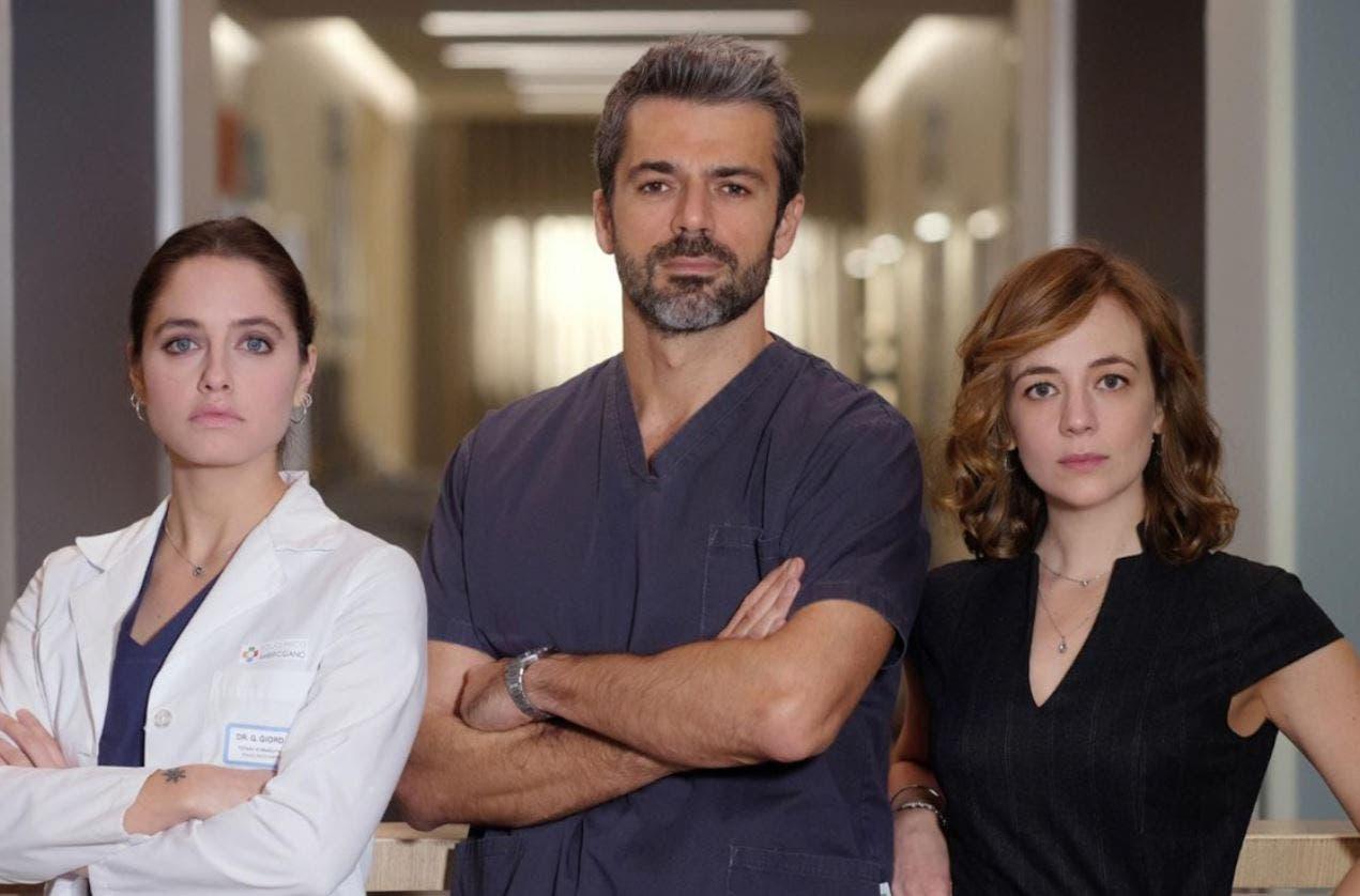 DOC - Nelle tue mani: remake americano per la serie con Luca Argentero