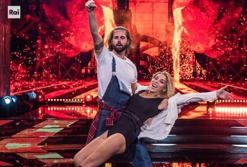 Marco De Angelis e Vittoria Schisano - Ballando con le Stelle 2020