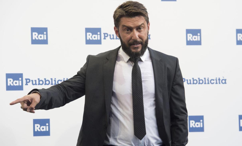 Federico Ruffo attacca sui social: «Piccolo avvelenatore di pozzi. Ti fai complimenti da solo, quanta ...