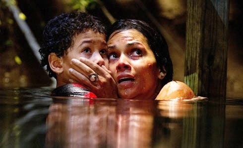 Sage Correa e Halle Berry in Kidnap