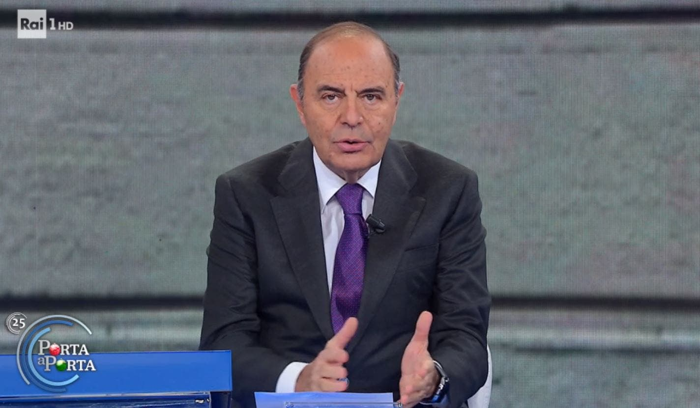 Bruno Vespa su tutte le furie: il giornalista attacca Amadeus