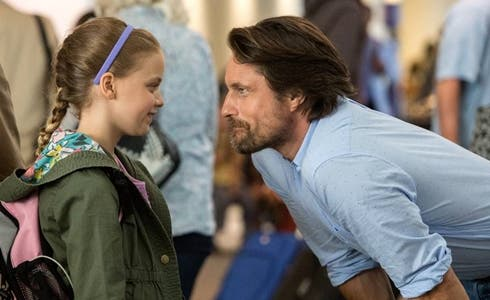 Kylie Rogers e Martin Henderson in Miracoli dal cielo