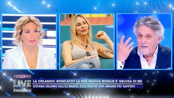 Andrea Roncato sulla fine del matrimonio con Stefania Orlando: «Mi ha lasciato perché aveva un altro» – Video