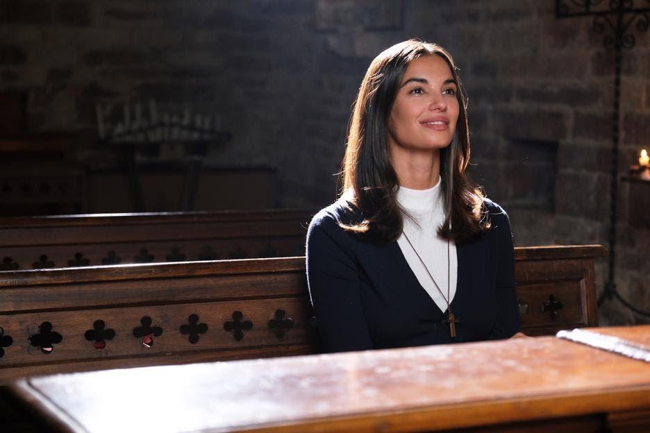 Che Dio ci Aiuti 6 - Francesca Chillemi