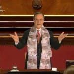 Maurizio Crozza imita Mario Draghi