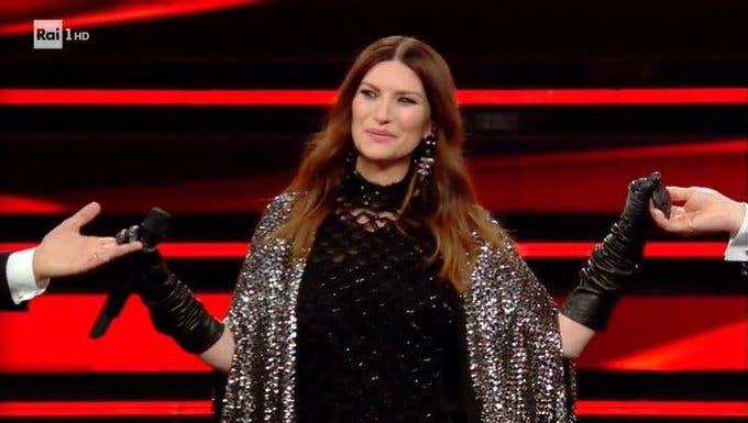 Laura Pausini - Seconda serata Sanremo 2021 (da RaiPlay)