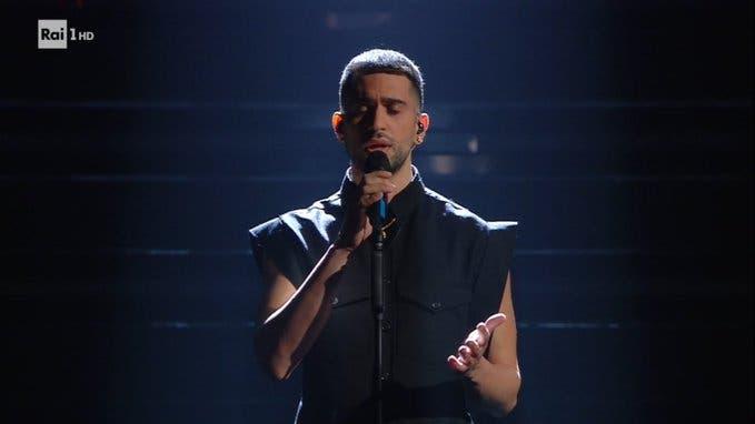 Mahmood - Quarta serata Sanremo 2021 (da RaiPlay)