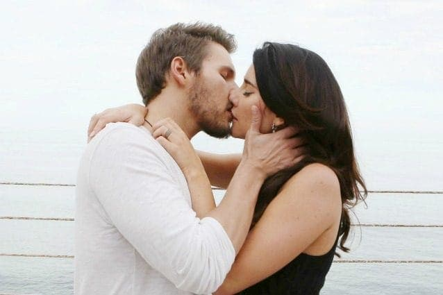 Beautiful - Scott Clifton e Jacqueline MacInnes Wood