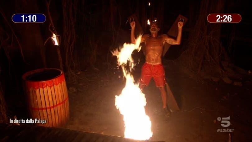 Brando nella prova del fuoco - Isola dei Famosi 2021