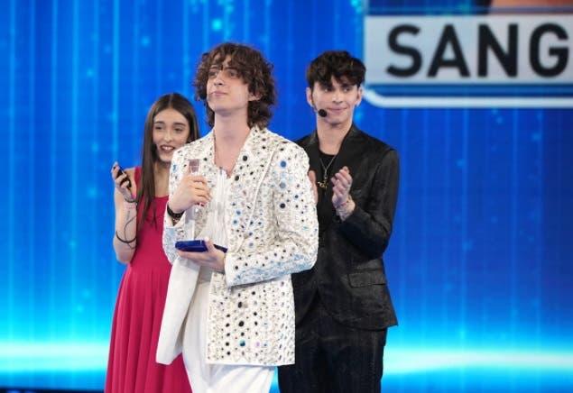 Sangiovanni vince il Premio della Critica - Amici 2021