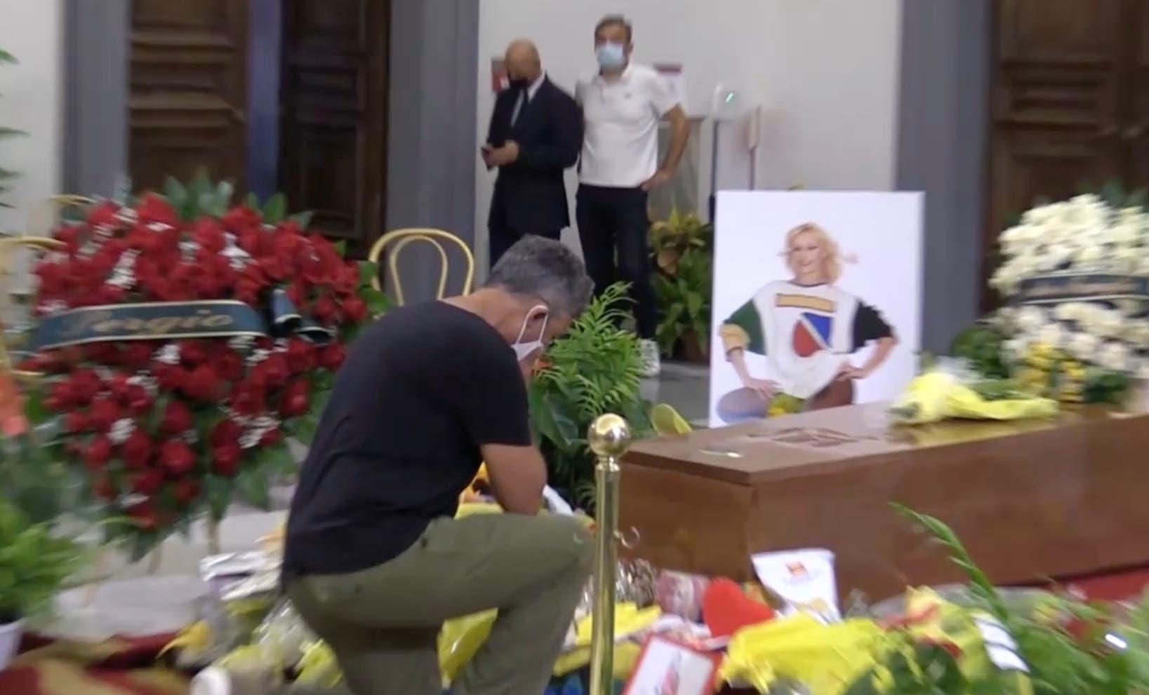 Raffaella Carra', Fiorello alla Camera Ardente