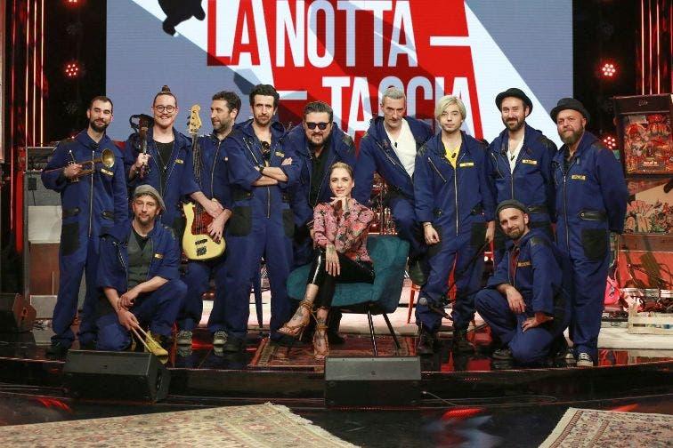 Ema Stokholma e l'Orchestraccia