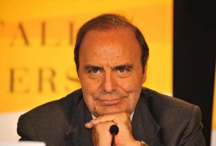 BRUNO VESPA PROPONE DI DEVOLVERE PARTE DEL SUO (AUMENTO DI) STIPENDIO, IN BORSE DI STUDIO; LA ANNUNZIATA APPROVA.