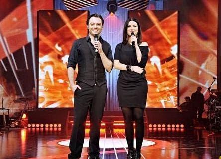 DUE (Tiziano Ferro & Laura Pausini)